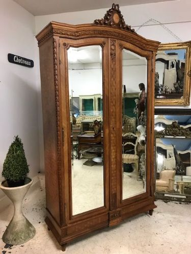 Antique French Armoire - Great Quality  Detailing - ds12